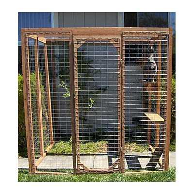 Outdoor Redwood Cat Enclosure - Kitten Wire