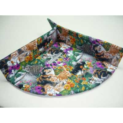 Cuddle Cat Corner Mat- Cat Bed with Catnip - Summer Garden Cats Pattern