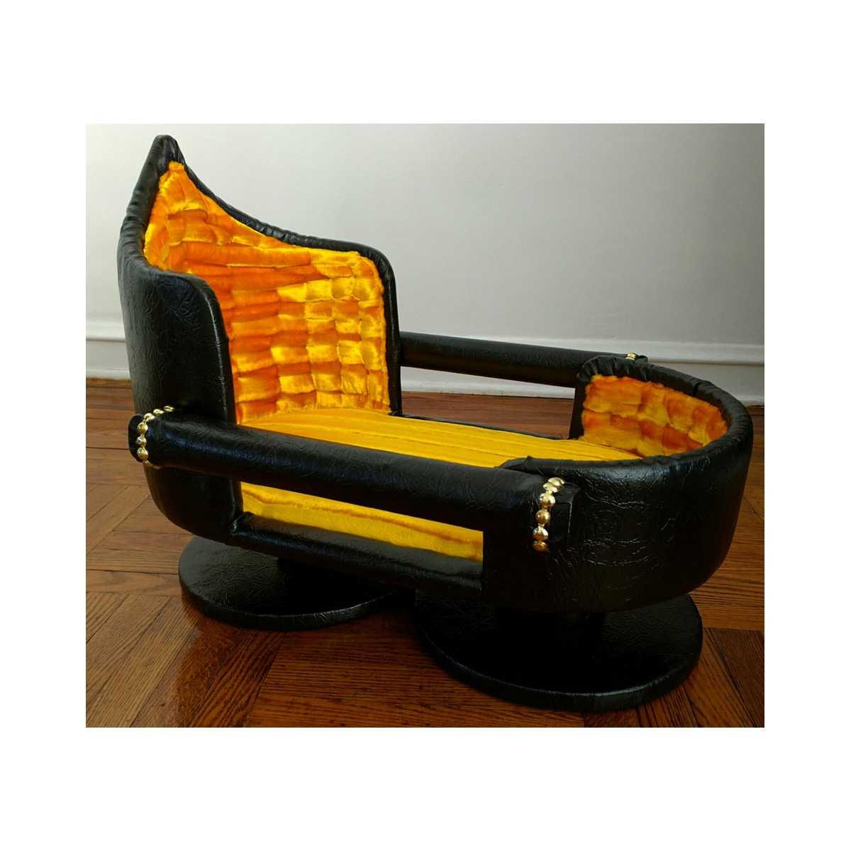 Royal Feline Lounger Cat Bed