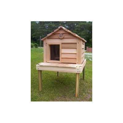 20 Inch Cedar Cat House with Platform