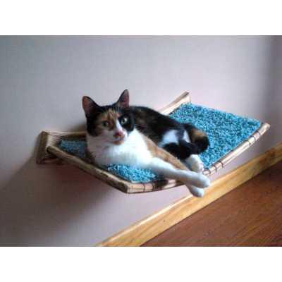 Wall Mounted Curvy Cat Shelf Image